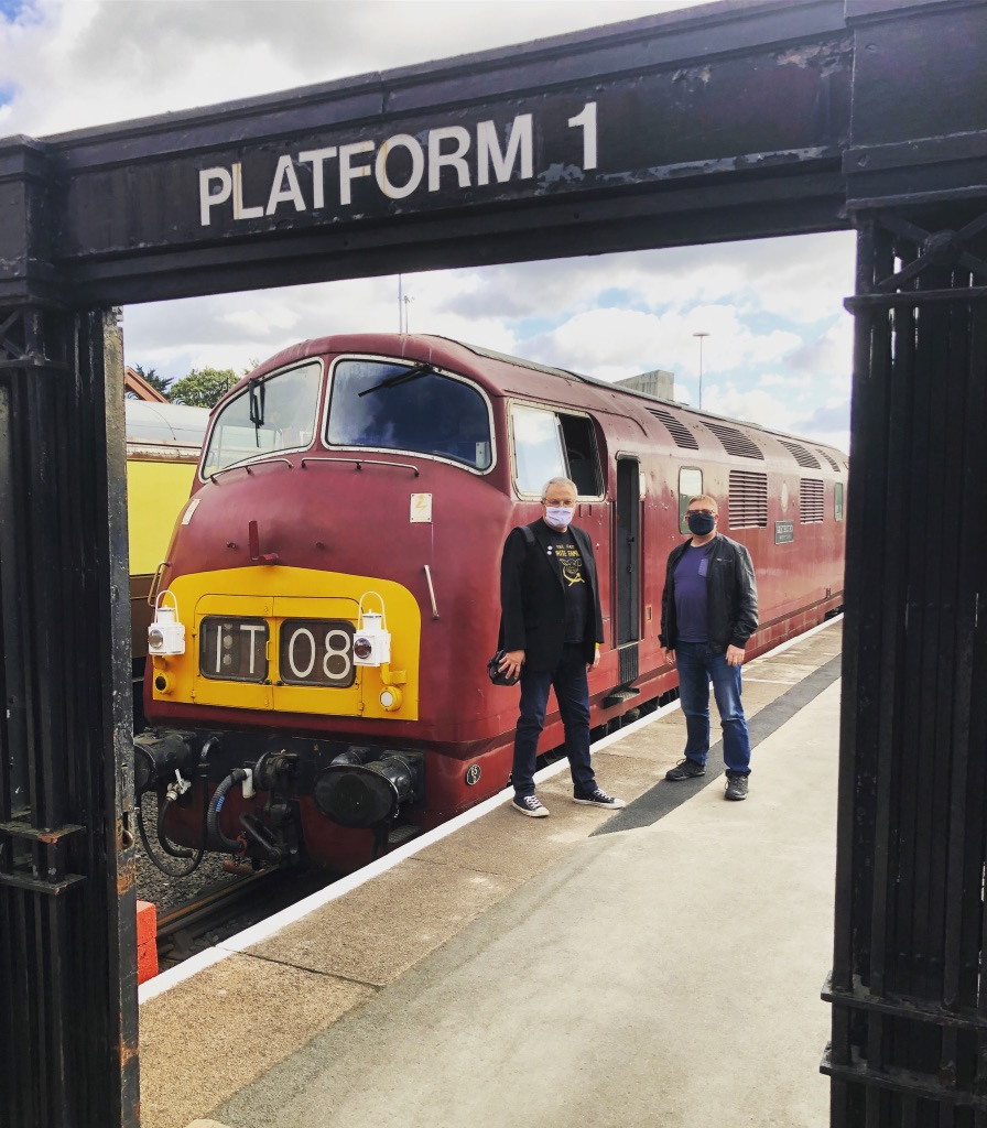 D821 Greyhound with Chris and Pete at Kidderminster