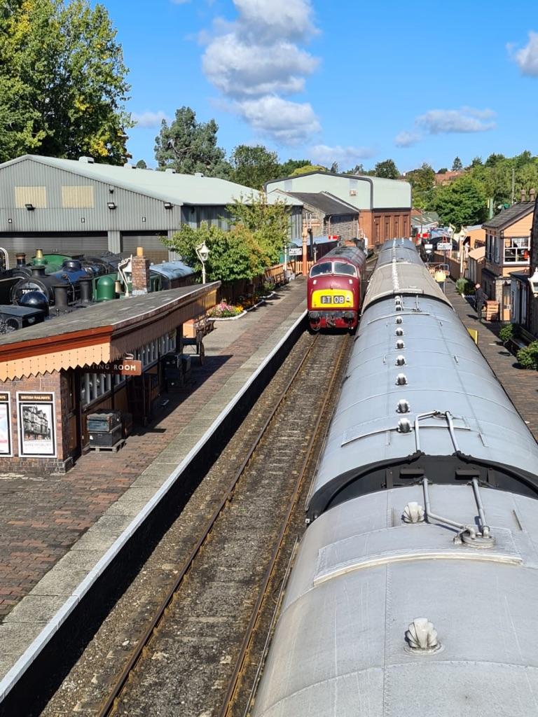 D821 runs round at Bridgnorth (Photo by Pete Hatch)